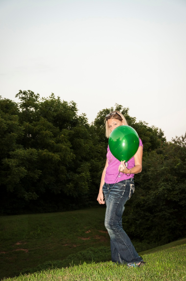 Remembering Saxon Green Balloon Noelle Bell Photography Knoxville TN Memory Making.1