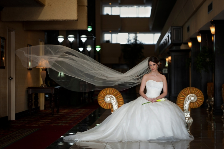 Liz Bridal portrait, Bride, Reflections, Noelle Bell Photography