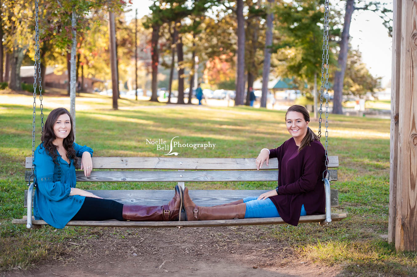 Senior Girl, BFF, Best Friend Pictures, Senior Pictures, Knoxville TN, Noelle Bell Photography, Senior Portrait Photographer Knoxville TN
